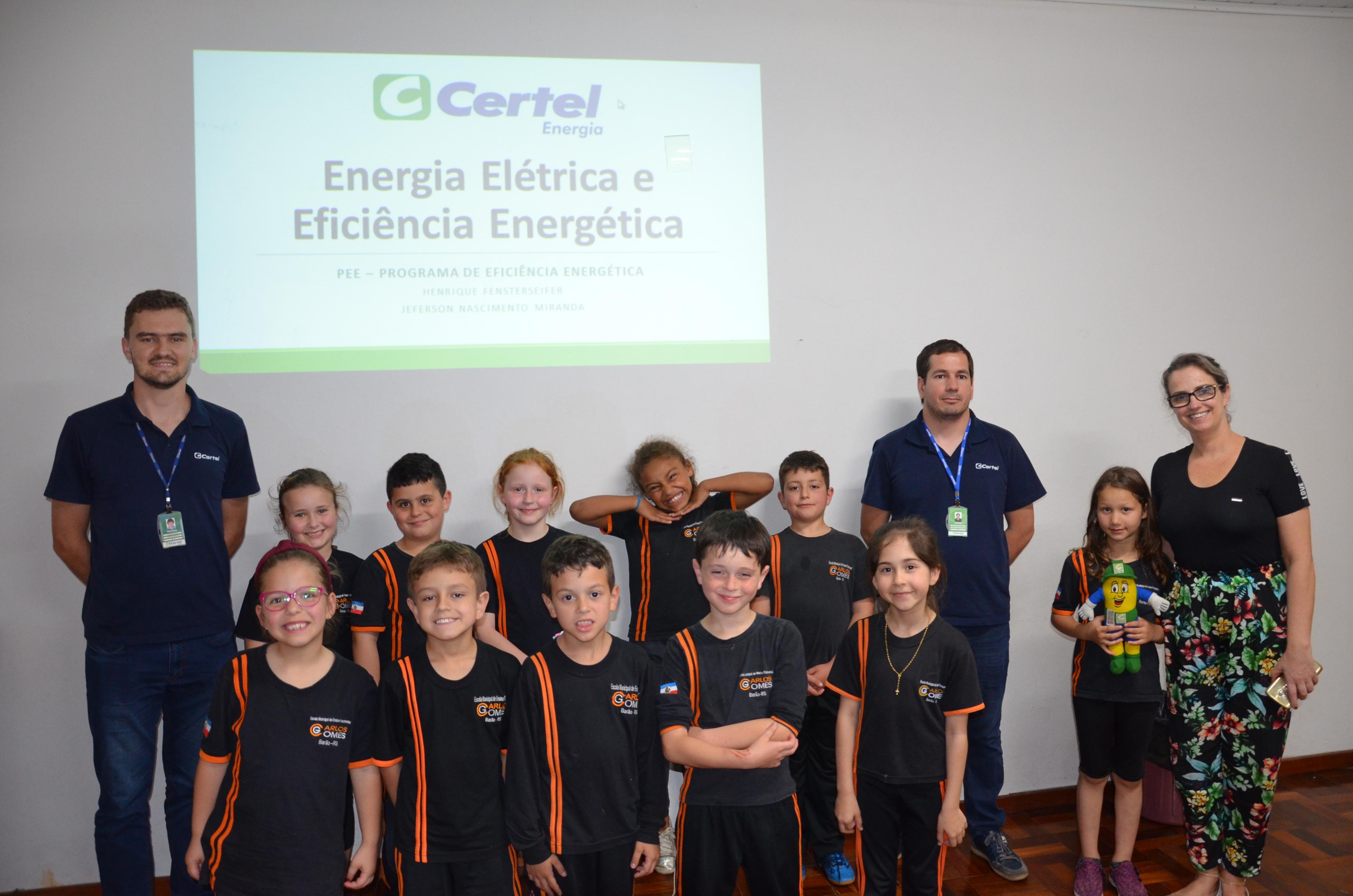 Estudantes de Barão assistiram palestra sobre uso racional de energia